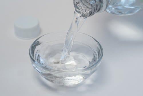 white-vinegar-water-dish-detergent